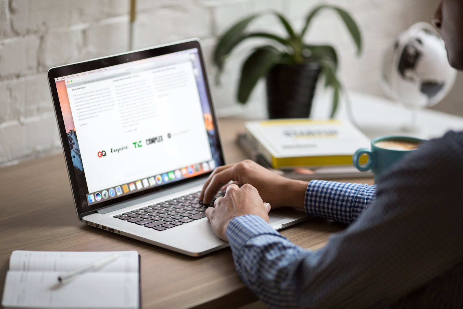 7 Actionable Content Marketing Strategies for Window Professionals Header
